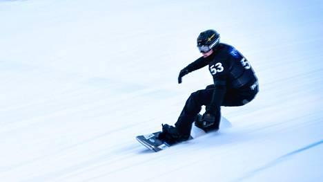 Matti Suur-Hamari avasi paracrossin maailmancupin kolmossijalla Pyhätunturilla.