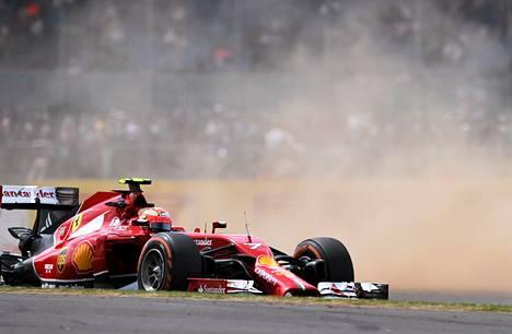 Ferrarin Kimi Räikkönen oli tyytymätön vauhtiinsa.