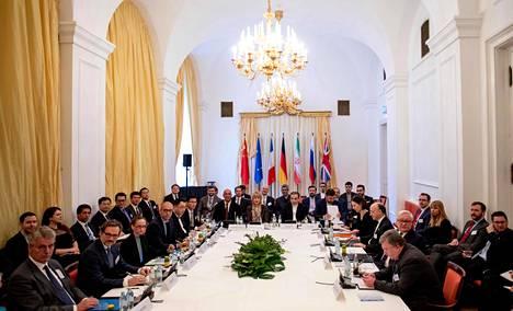 Iranin ydinasesopimuksessa jäljellä olevat maat tapasivat 26. helmikuuta Wienissä. Tarkoituksena oli neuvotella sopimuksen tulevaisuudesta.