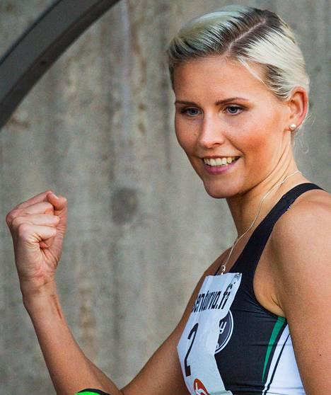 Kristiina Mäkelä teki kenttäennätyksen naisten kolmiloikassa: 13,84.