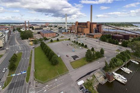 Helsingin suurmoskeijaa ja monitoimikeskusta on aiottu Sörnäisiin Hanasaaren voimalaitosalueelle. Se olisi suuri, alustavasti yhteensä 18200 neliömetriä.