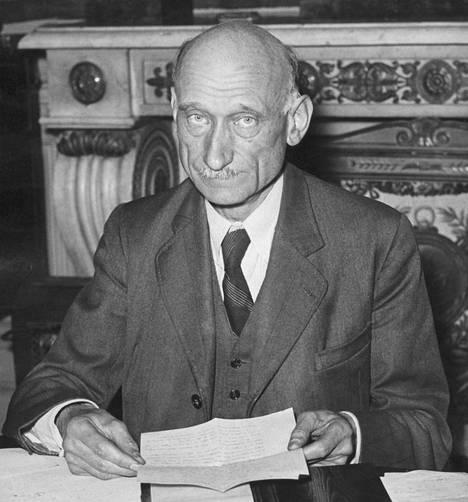 Robert Schumania voi pitää EU:n isänä. Vuonna 1950 hän oli Ranskan ulkoministeri.