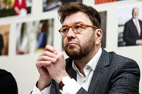 Sdp:n valtiovarainvaliokunnan vastaava Timo Harakka on ollut valmistelemassa Sdp:n verolinjauksia.