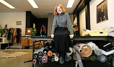 Anniina Nurmi perusti Nurmi Clothingin, joka tekee ekologisia tuotteita.