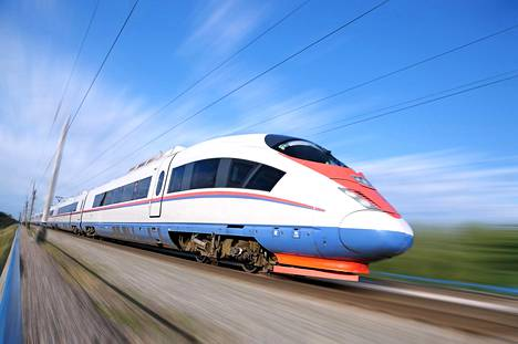 Suomesta junamatkat lähtevät lähinnä itään. Sapsan-juna liikennöi Pietari–Moskova-radalla Venäjällä.