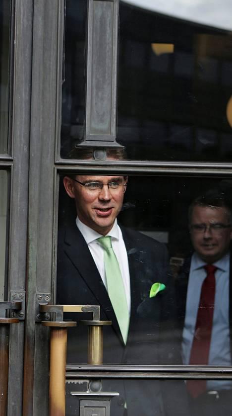 Pääministeri Jyrki Katainen poistui eduskunnasta keskiviikkona.