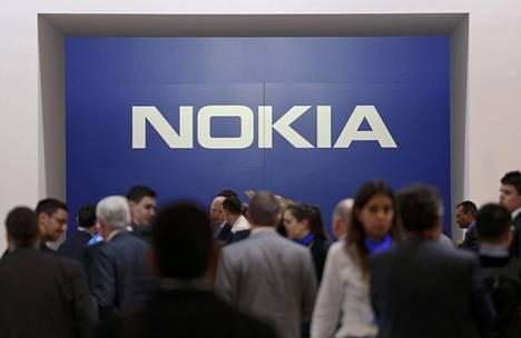 Nokian liikevaihto oli 5,4 miljardia euroa ja liikevoitto ilman kertaluonteisia eriä 341 miljoonaa euroa.