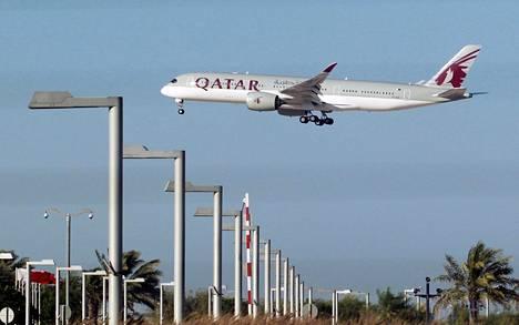 Qatar Airwaysin matkustajakone laskeutui Dohaan viime viikon maanantaina.