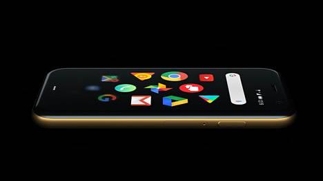 Palm Phone painaa 62,5 grammaa. Tallennustilaa siinä on 32 gigatavua.