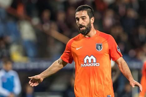 FC Barcelonan pelaaja Arda Turan on pelannut lainalla Turkissa tammikuusta 2018 alkaen.