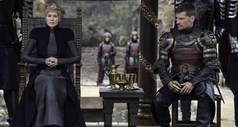 Cersei Lannister (Lena Headey) ja Jamie Lannister (Nikolaj Coster-Waldau) Game of Thronesin seitsemännen kauden päätösjaksossa.