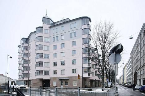 Sääntelystä vapautunut hitas-kohde sijaitsee Helsingin Kampissa osoitteessa Malminkatu 5.