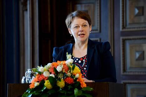 Paula Lehtomäki on toiminut viime vuoden valtioneuvoston kanslian valtiosihteerinä.