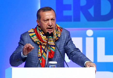 Turkissa pidetään presidentinvaalit tänään sunnuntaina. Pääministeri Recep Tayyip Erdoganin uskotaan voittavan ne ylivoimaisesti.