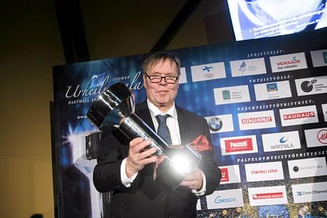 Jarmo Färdig palkittiin Vuoden urheilujournalistina.