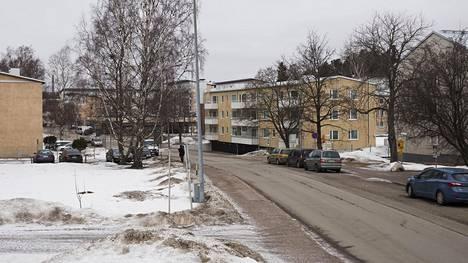 Itä-Helsinki on sijoittajille nyt kiinnostava kohde, koska siellä asunnot maksavat vähän, mutta niistä voi pyytää suhteessa kovaa vuokraa. Puotilassa on keskivertoa enemmän kovan vuokra-asuntoja.