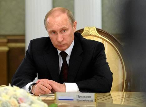 Venäjän presidentti toivoi tiistaina Minskissä siepattujen Etyjin tarkkailijoiden vapauttamista.