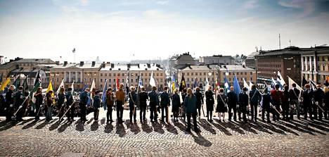 Vuonna 2008 partioparaatia vietettiin Helsingin Senaatintorilla.