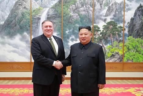 Pohjois-Korean diktaattori Kim Jong-un ja Yhdysvaltain ulkoministeri Mike Pompeo tapasivat lokakuussa 2017.