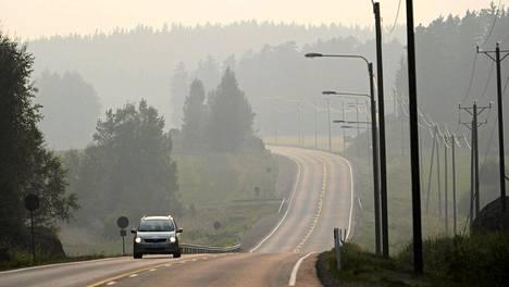 Ilma oli harmaana Virolahdella vuonna 2010 Venäjän metsäpalojen takia.
