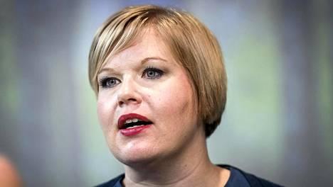 Keskustan puheenjohtaja Annika Saarikko uuden puoluejohdon linjapuhetilaisuudessa Helsingissä 18. syyskuuta.