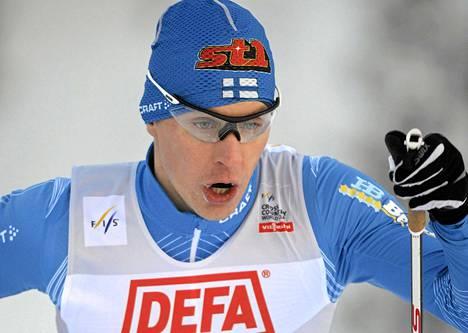 Anssi Pentsinen oli paras suomalainen Rukan maailmancupin sprintissä.