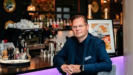 Noho Partnersin Aku Vikström Ravintola Teatterissa Helsingissä 29. syyskuuta 2020.