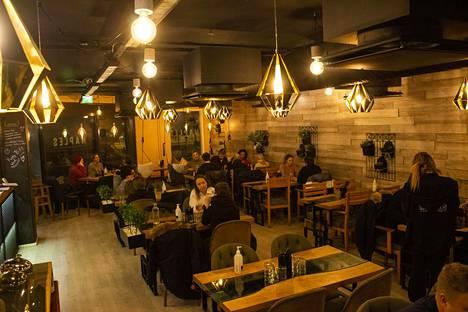 Matalan kynnyksen ravintola löytänee asiakaskuntansa lähitienoon asukkaista.
