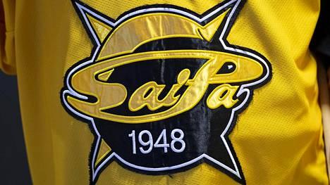 SaiPa leikkaa pelaajiensa palkkoja ja lomauttaa valmentajansa uudelleen.