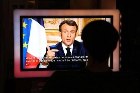 Ranskan presidentti Emmanuel Macron puhui kansalaisille koronavirusepidemiasta suorassa lähetyksessä.