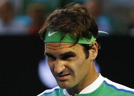 Roger Federer oli myrtynyt mies hävittyään Novak Djokovicille Australian avoimissa tammikuussa.