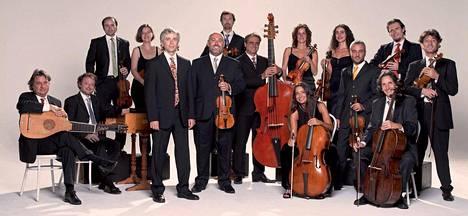 Il Giardino Armonico -barokkiorkesteri konsertoi Temppeliaukion kirkossa Giovanni Antoninin johdolla.