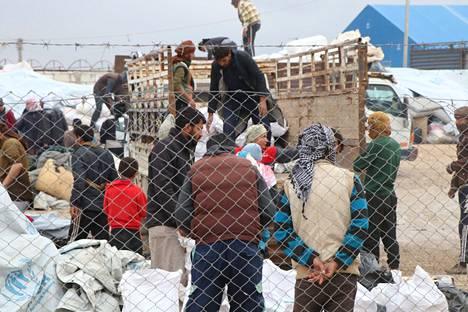 Al-Holin leirin asukkaita oltiin siirtämässä viime marraskuussa.
