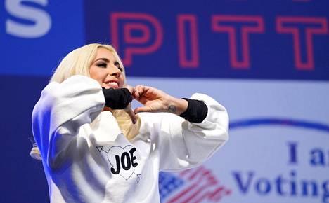 Lady Gaga on ilmaissut julkisesti tukensa Bidenille jo vaalien aikana.
