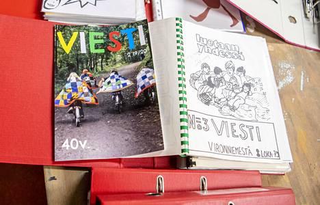 Päiväkodin oma Viesti-lehti on ilmestynyt jo 40 vuoden ajan. Ensimmäinen lehti kirjoitettiin käsin.