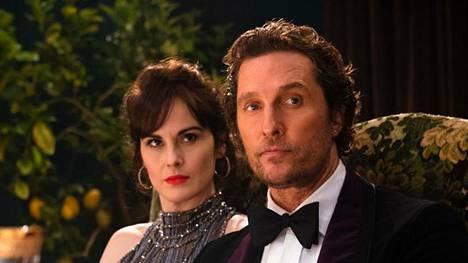 Michelle Dockery ja Matthew McConaughey tuovat rooleihinsa särmää ja tyylikkyyttä.