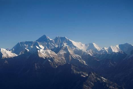 Mount Everestin kiipeilykausi koki kolauksen.