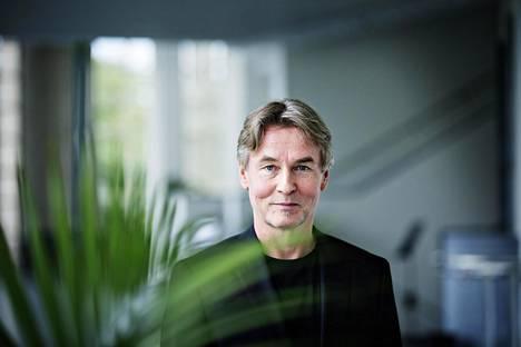 Säveltäjä-kapellimestari Esa-Pekka Salonen Kansallisoopperassa torstaina.