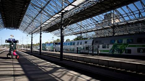 Veturinkuljettajien mielenilmauksen aikana junavuorot peruuntuvat Venäjän-junia lukuun ottamatta.