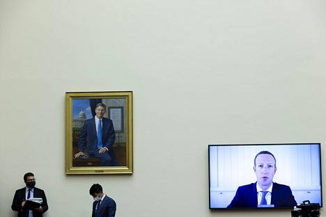 Applen, Amazonin, Googlen ja Facebookin toimitusjohtajat olivat keskiviikkona kuultavina Yhdysvaltain kongressissa Washingtonissa videoyhteyden kautta.