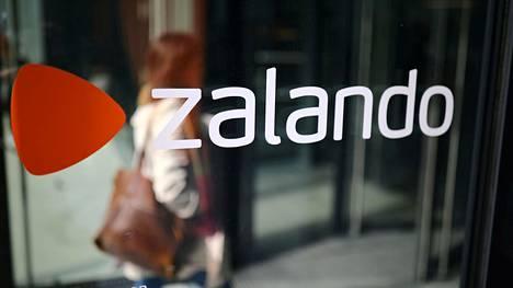 Saksalaisen verkkokaupan Zalandon myynti kääntyi maaliskuussa koronaviruspandemian takia laskuun.