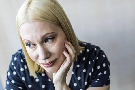 Sanna Ukkola jatkaa Sannikka & Ukkola -ohjelman juontajana vuoden loppuun.