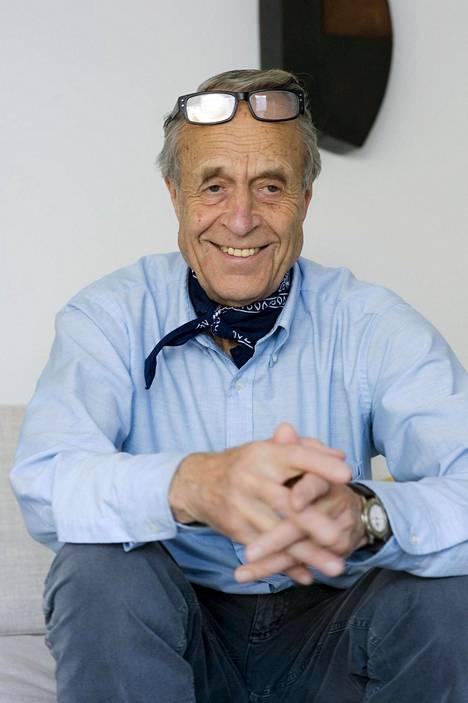 Taidekeräilijä Lars Göran Johnsson.