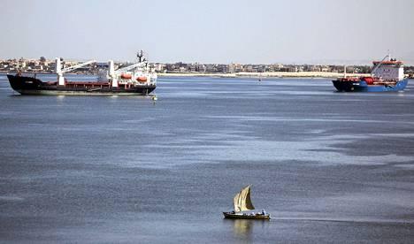 Suezin kanava valmistui lähes 150 vuotta sitten.