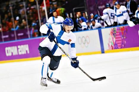 Olli Määttä pelasi viime talvena myös Suomen olympiajoukkueessa ja voitti pronssia.