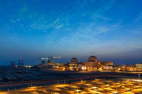 Arabivaltioiden ensimmäinen ydinvoimala aloitti kaupallisen toiminnan Arabiemiraateissa.