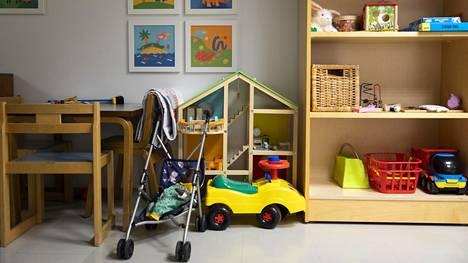 Suomen lastensuojelulain mukaan jokaisella lapsella on oikeus turvalliseen kasvuympäristöön.