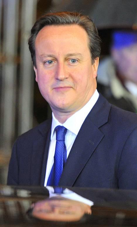 Suomen pääministeri Jyrki Katainen ja brittikollega David Cameron poistuivat Brysselistä jo perjantaina, kun EU:n budjettineuvottelut katkesivat tuloksettomina. Katainen kehui ennakkoon hankalaksi arvioitua Cameronia rakentavuudesta neuvotteluissa.