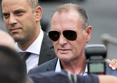 Entinen jalkapallotähti Paul Gascoigne sanoo joutuneensa hakkereiden uhriksi.