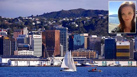 Suuret kaupungit kuten Wellington, Christchurch ja Auckland vetävät puoleensa eniten maahanmuuttajia. Suomalainen Inkeri Räinä on kuitenkin valinnut kodikseen muutaman tuhannen asukkaan pikkukylän.